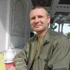 Олег, 42, г.Тоцкое