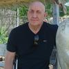 Александр, 64, г.Губкин