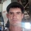 Виталий, 37, г.Кировское